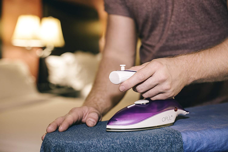 plancha de viaje para la ropa